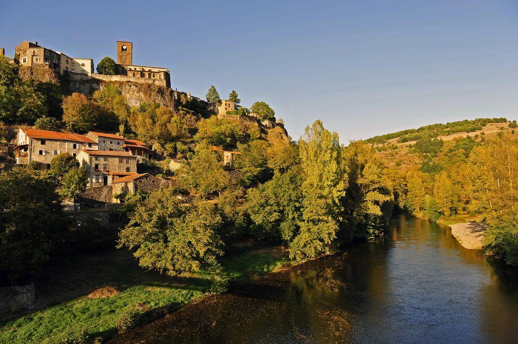 GR 470 sources gorges allier chilhac village soleil couchant